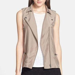 Trouve S Asymmetrical Full Zip Sleeveless Vest Tan